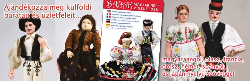 Babák magyar <br> népi viseletben